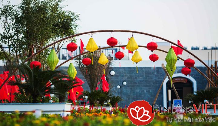 Đèn lồng Hội An trang trí lễ hội ngoài trời