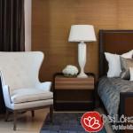 Đèn bàn đặt đầu giường phòng ngủ Resort